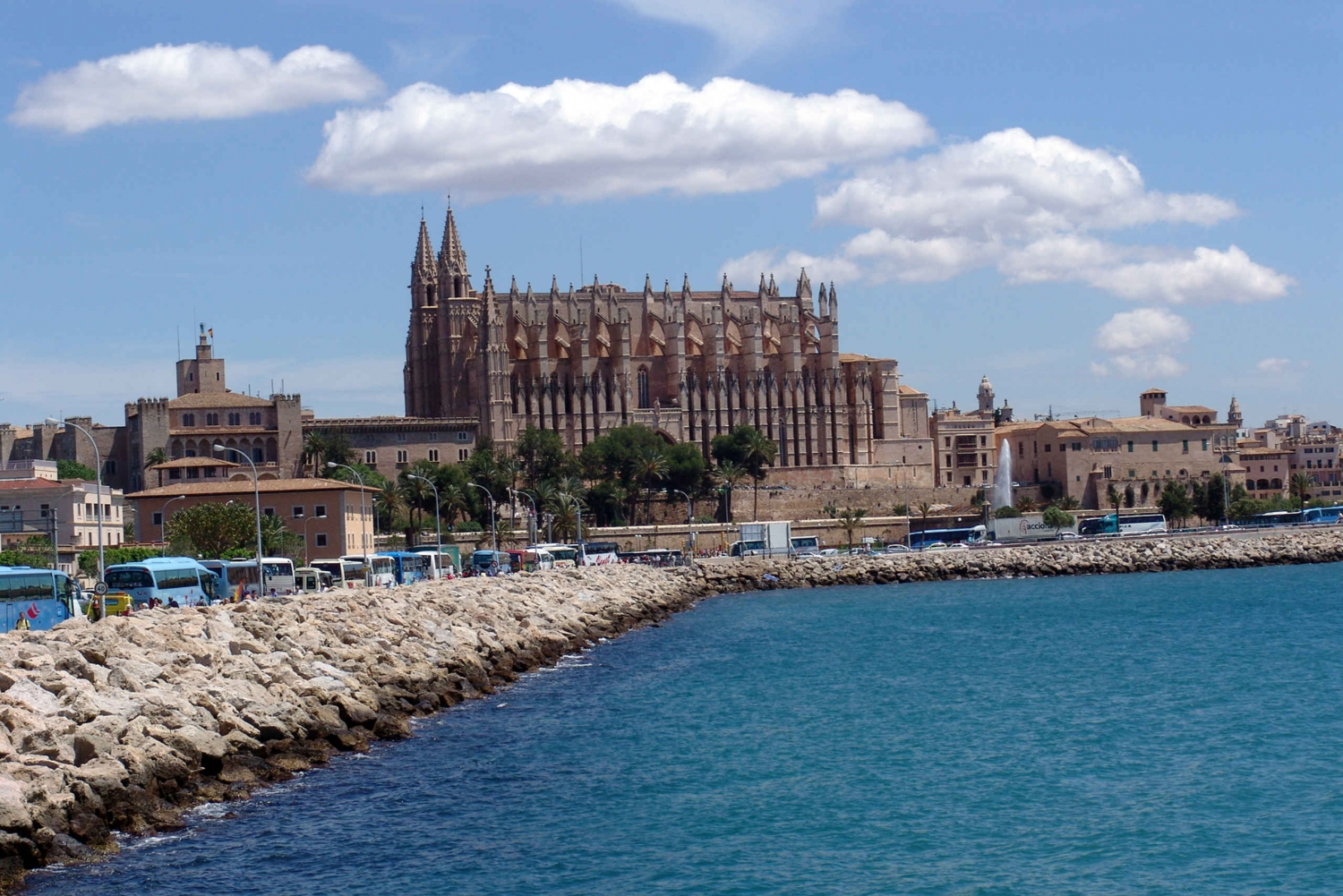 Spanish Cooking Class and Sightseeing Boat Trip in Mallorca