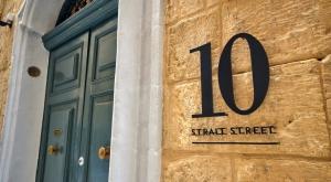 10 Strait Street