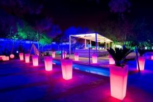 Club Lounge @ Numero Uno
