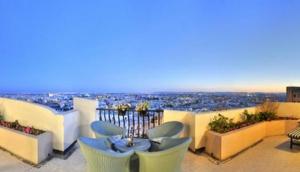 Luxury Apartment Swatar