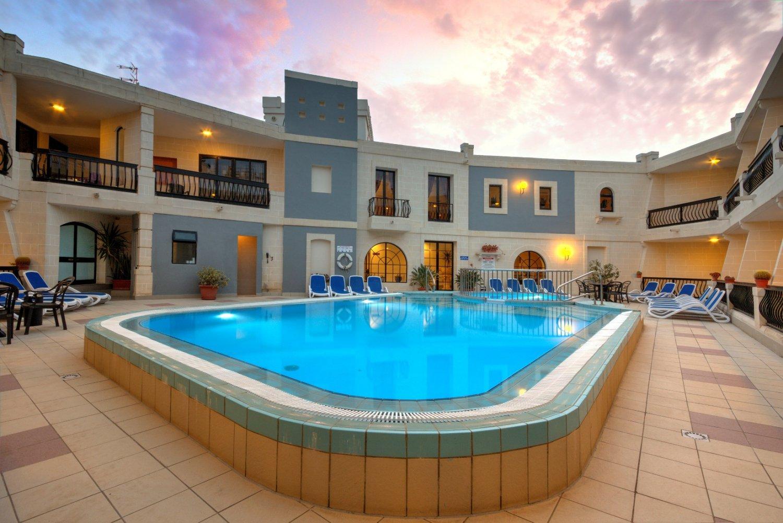 Pergola Club Hotel And Spa Malta