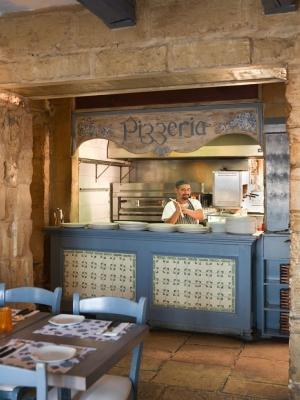 Piccolo Padre Restaurant