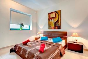 Bedroom - Short Lets Malta