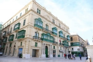 Valletta: Guided Walking Tour with St. John's Co-Cathedral
