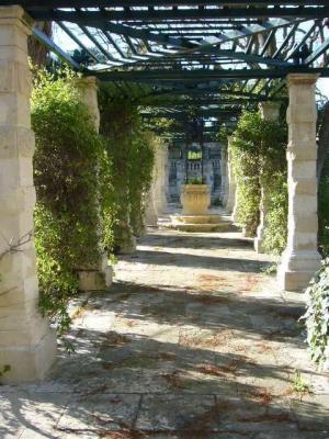 Villa Bologna - Heritage House and Gardens