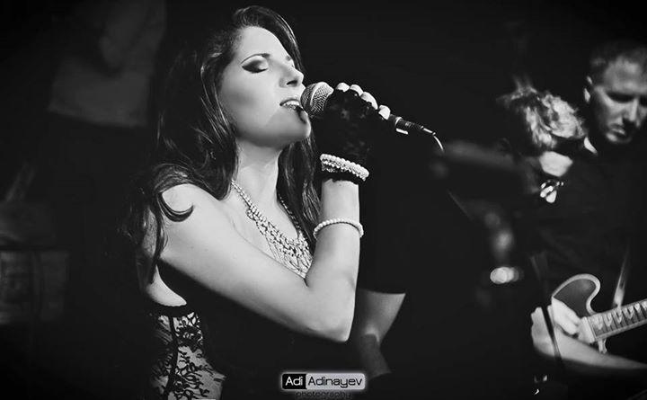 Danielle Bitton Live