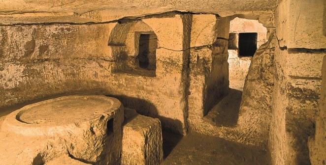 Tal-Mintna Catacombs