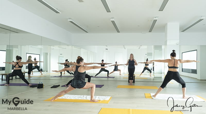 Bikram Yoga hook up Dating bontjassen