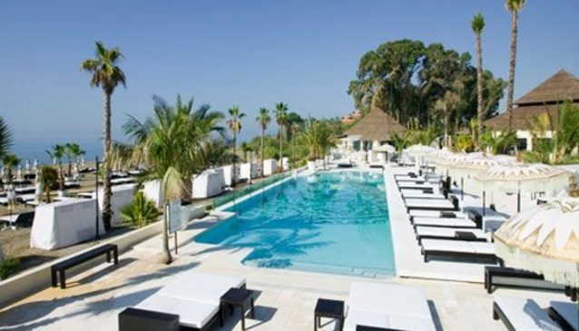 Beach Clubs in Marbella with a Pool