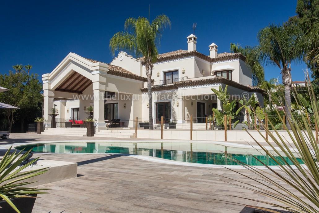 Villa Monterey Apartments