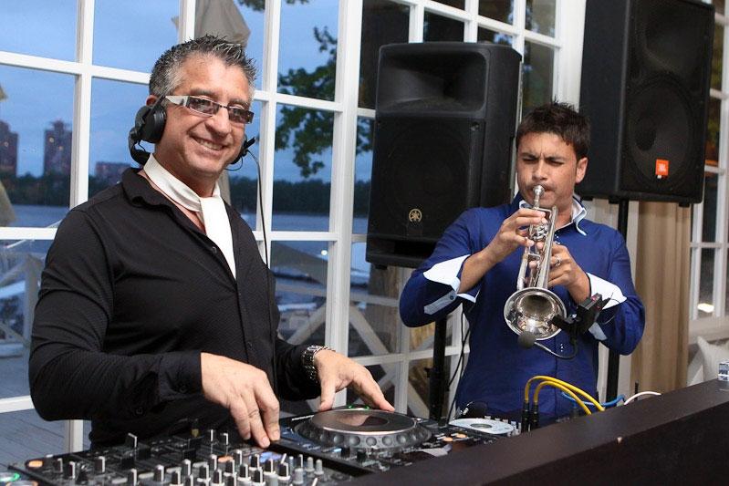 Dj Mario Z + Saxophone
