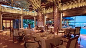 L'Archipel Restaurant at Constance Le Prince Maurice Resort