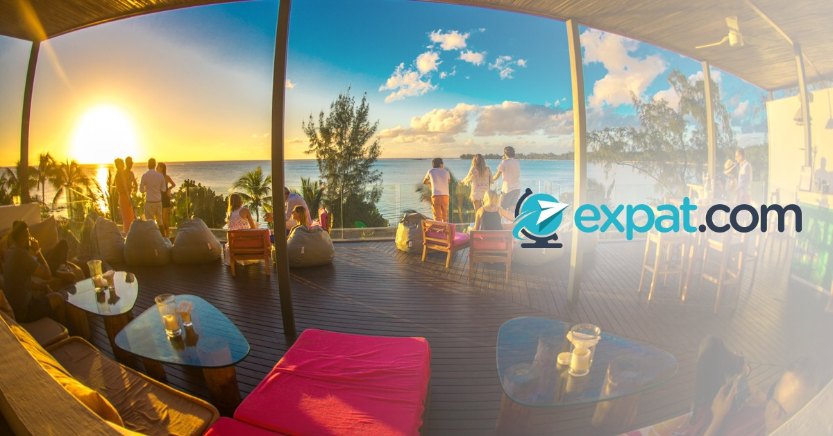 Expat.com gathering at Mystik Lifestyle