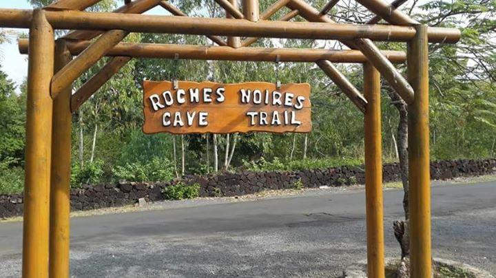 Hiking Caves De Roches Noires Et La Foret De Bras D'eau