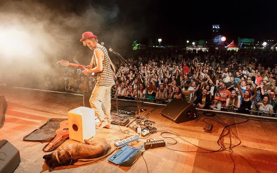 Pierre Nesta & Guests // Vendredi Live // Kas Poz