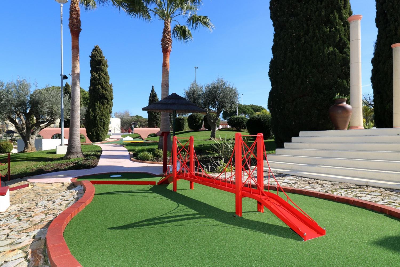 2 for 1 Offer Family Golf Park