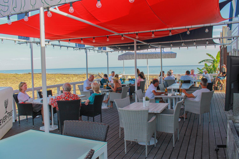 Euro 2020 Fin's Beach Bar & Restaurant