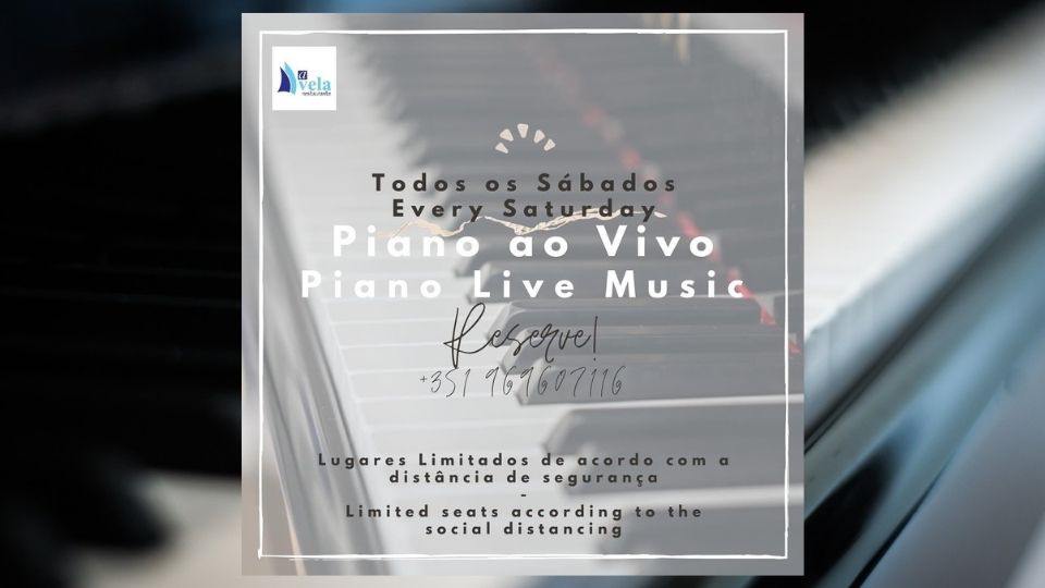 Live Piano Music at Restaurante A Vela