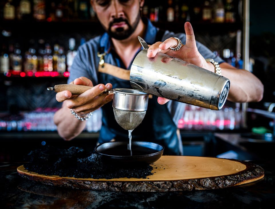 Private Cocktail Masterclass at Artisan Restaurant