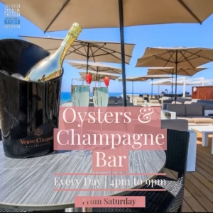 Oyster & Champagne Bar at Parrilla Beach Club