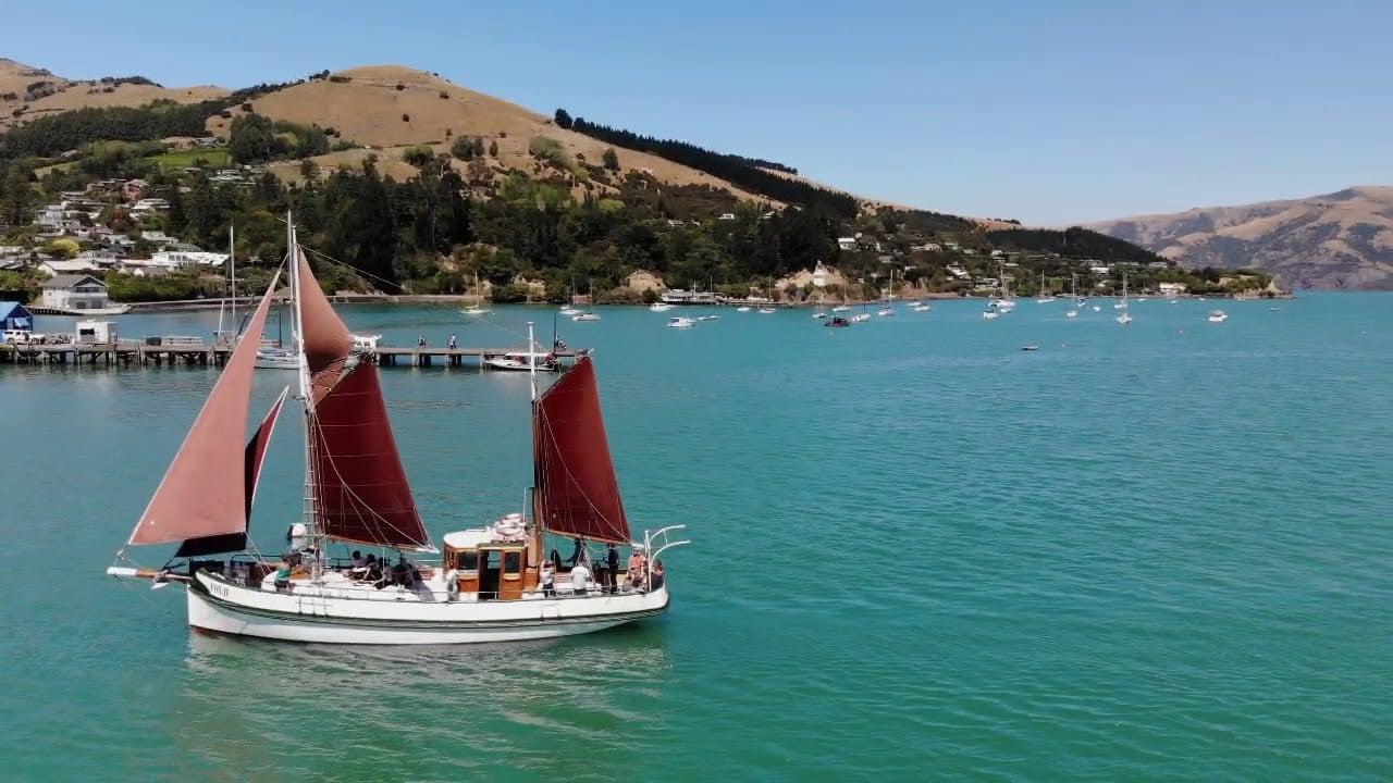 Fox II Sailing Akaroa