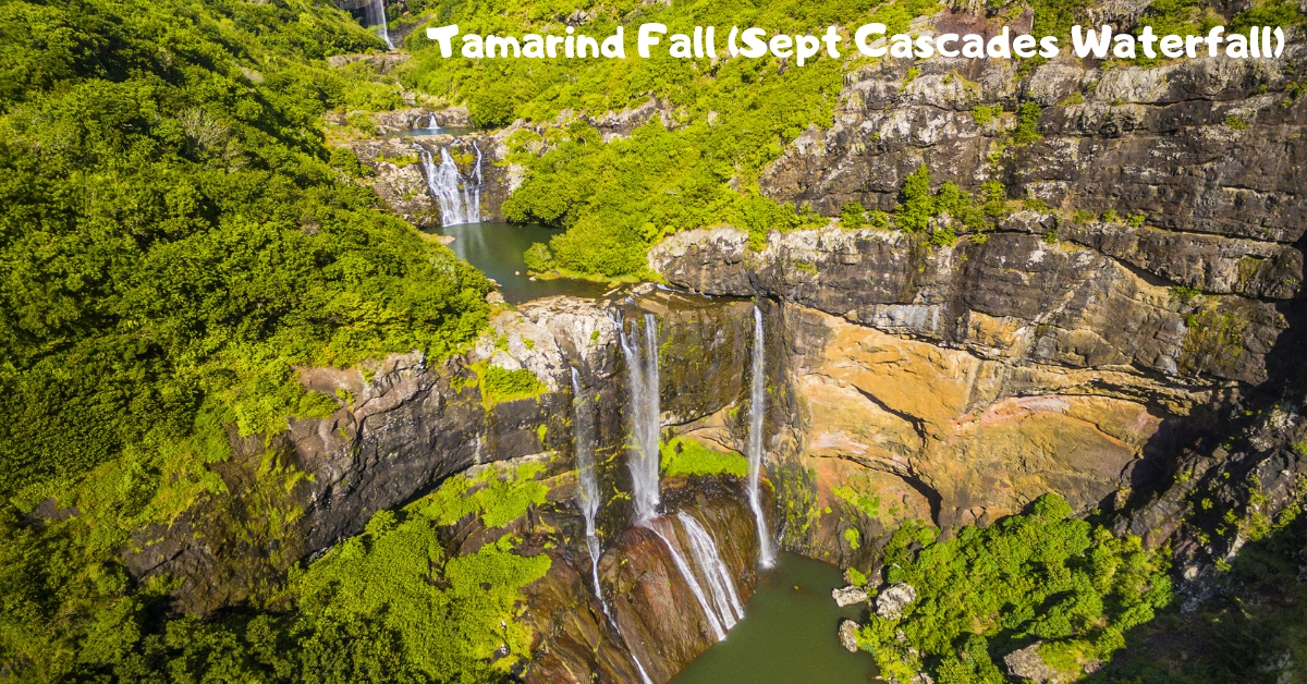 Waterfalls in Mauritius - Tamarind Falls