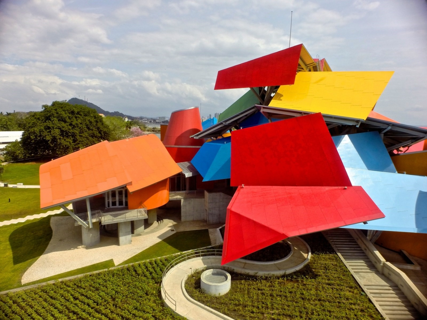 Biomuseo, a museum designed by Frank Gehry.  Photo: Getty Images/Kike Calvo