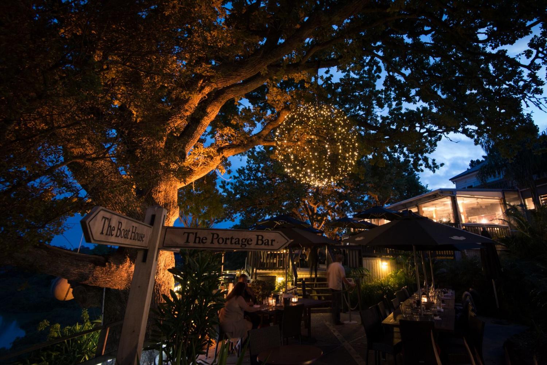 The Riverhead Historic Tavern, Auckland