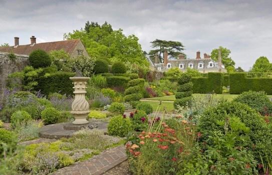 Woolbeding Gardens