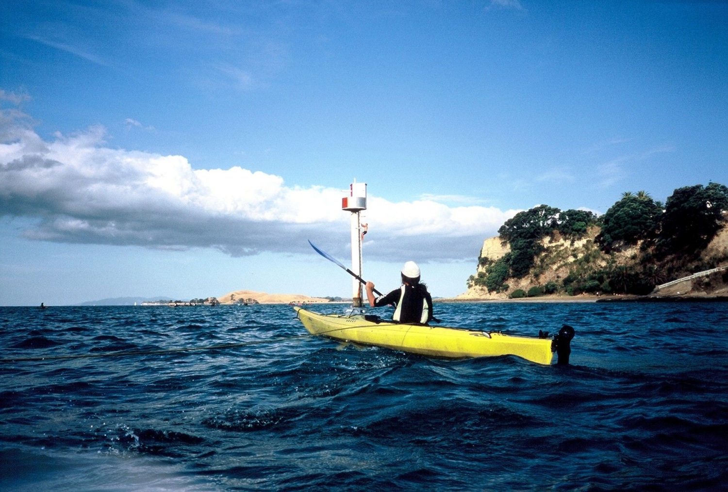 KAYAKING MADE EASY ON AUCKLAND HARBOUR