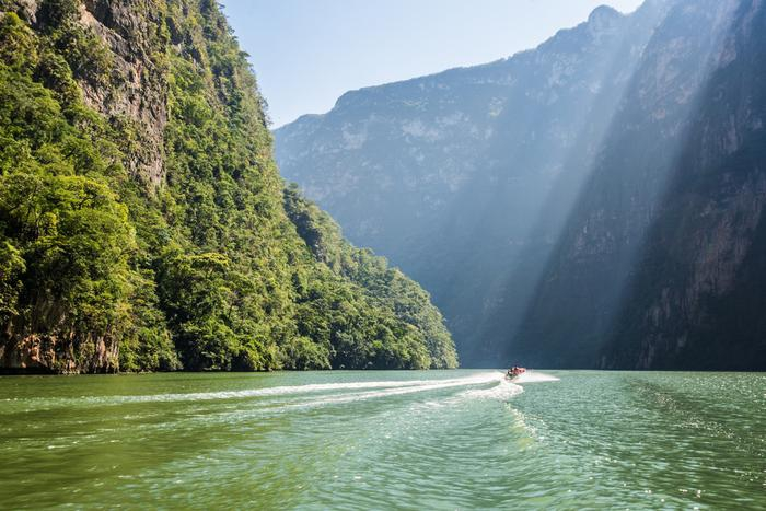 Mexico off the beaten track. Unusual lagoons, deep canyons and Indian villages.