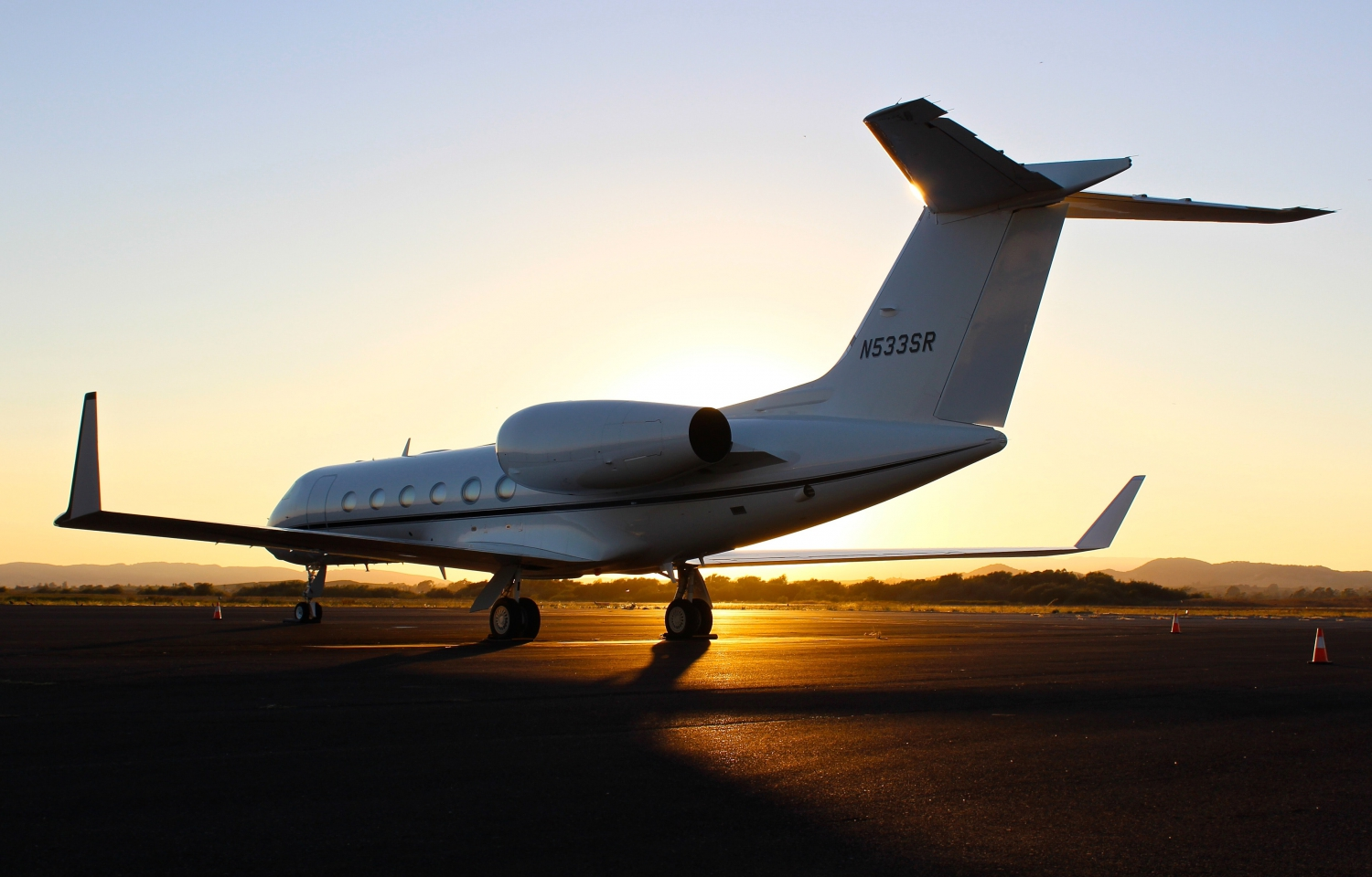 Practical Reasons Why You Might Need To Hire A Private Jet