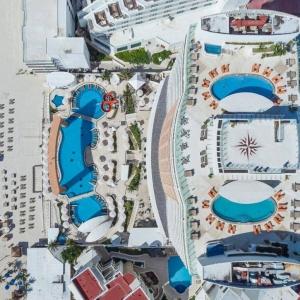 Beach Palace Cancun