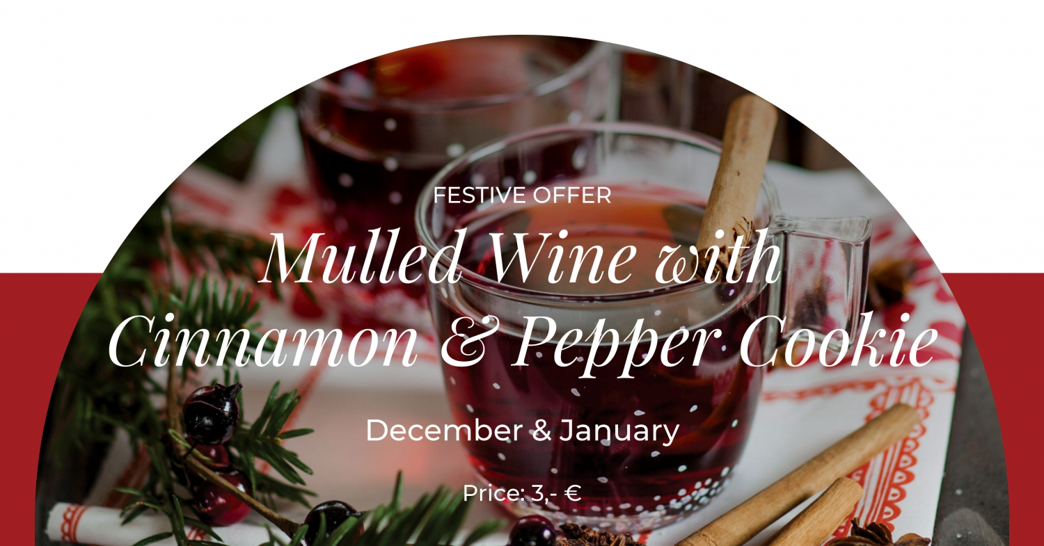 Mulled Wine With Cinnamon at Gourmet Corner