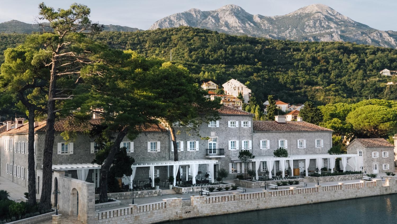 Special Offer: December Hotel Deal at Lazure
