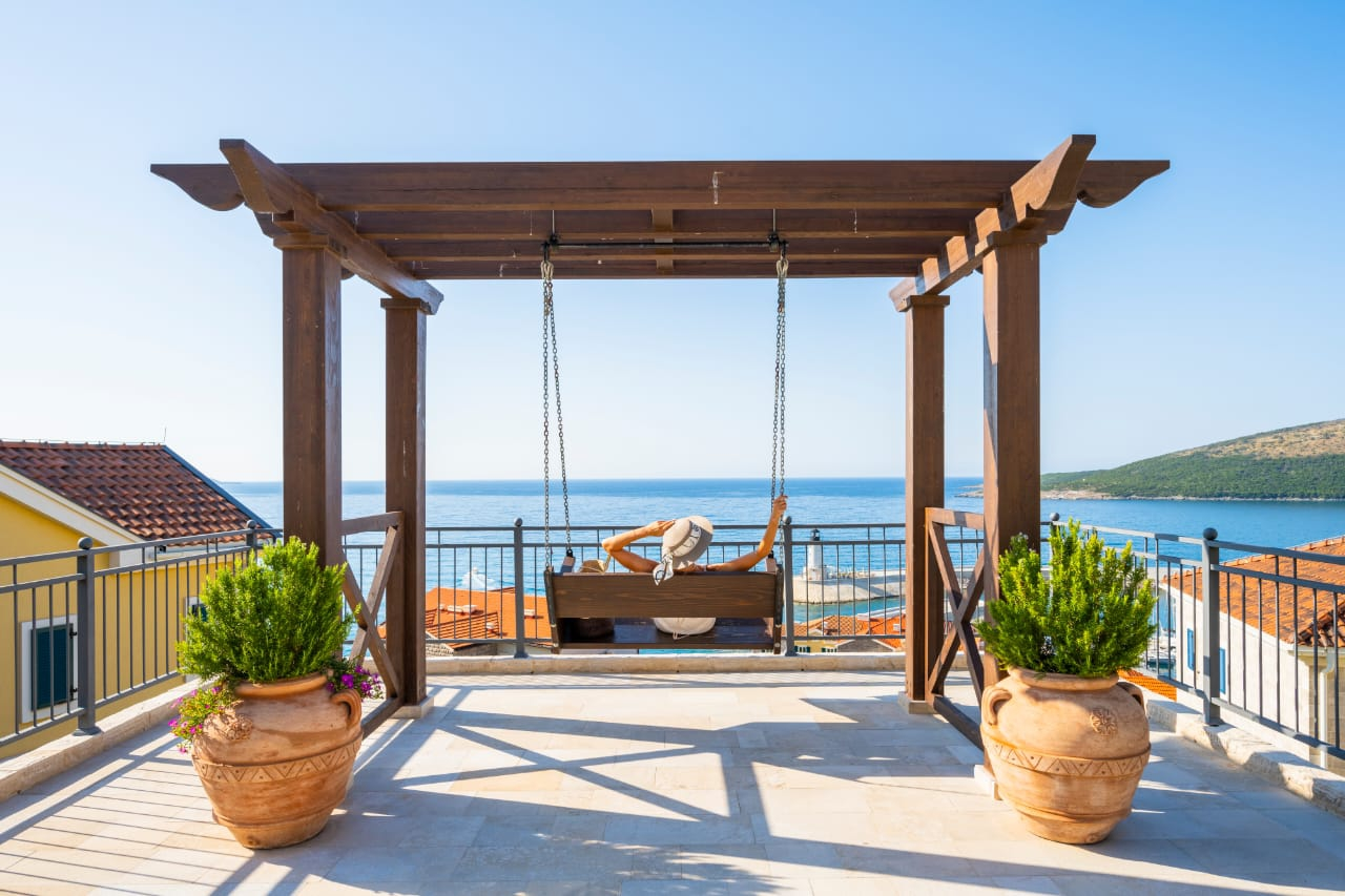 Special Offer: Long Stay at The Chedi Lustica Bay