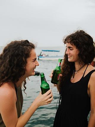 Happy Hour in Selina Isla Colon