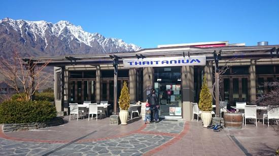 Thaitanium Restaurant & Café