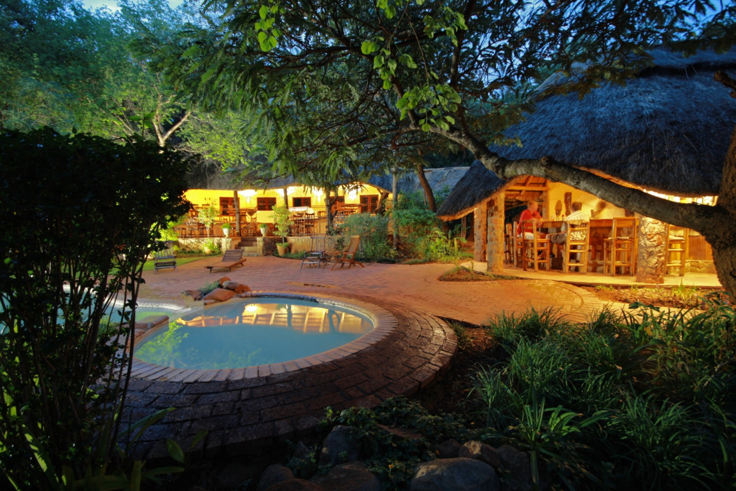 Chengeta and Pamuzinda Safari Lodges