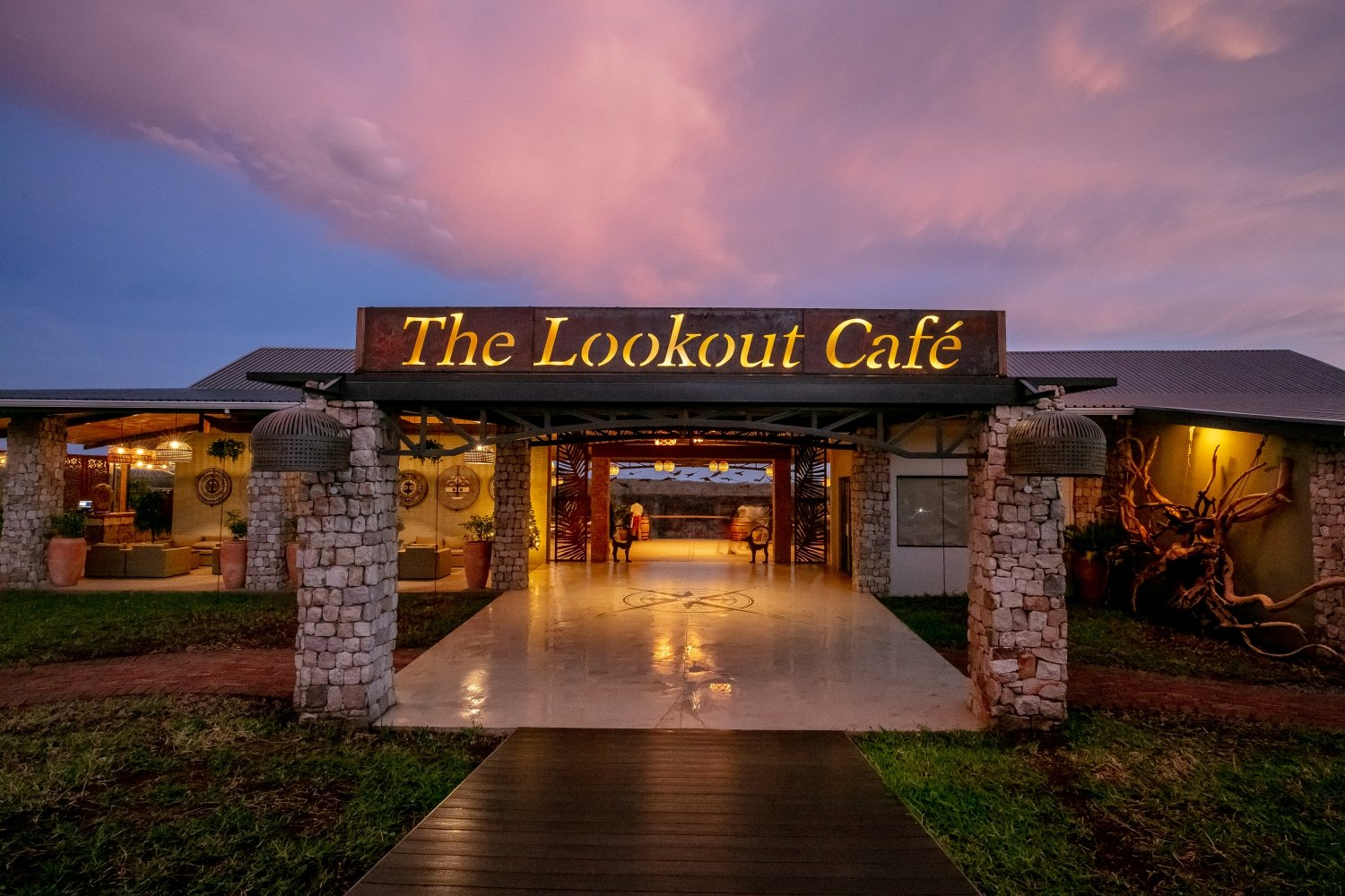 The Lookout Cafe