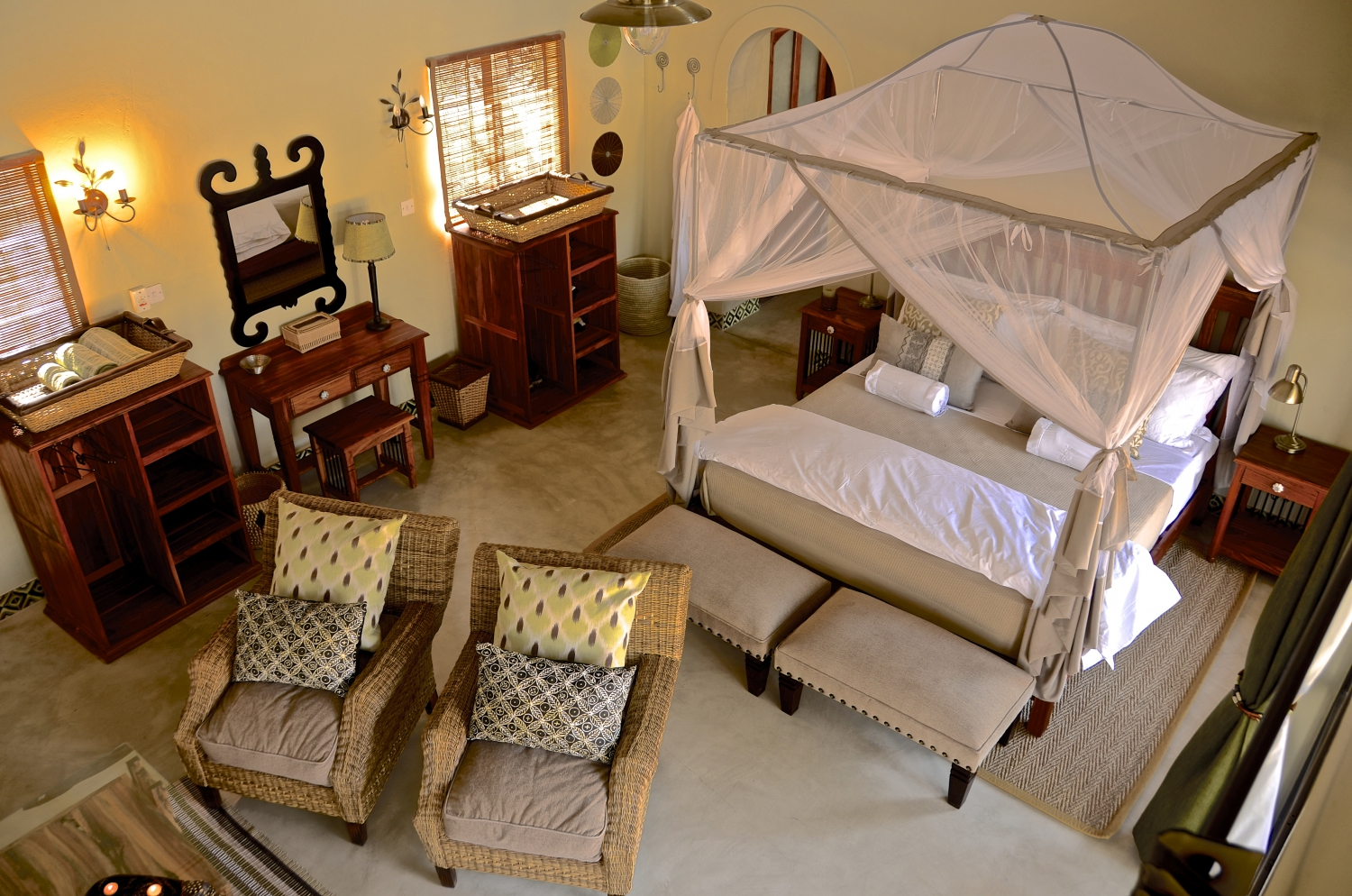 Camelthorn Lodge Stay for 3 Pay for 2 Nights Special