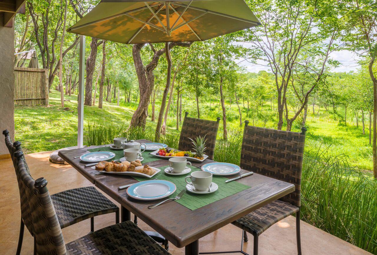 Victoria Falls Safari Suites Special