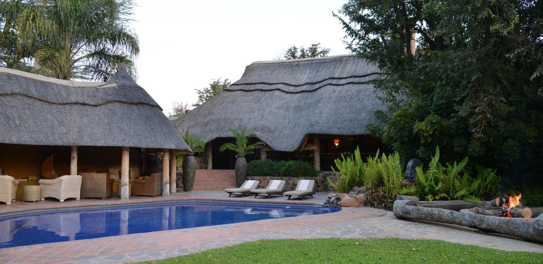 Zambezi Cruise & Safaris Pamuzinda Mothers Day Special