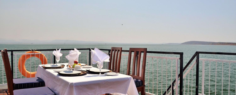 Zambezi Safari Cruise Houseboat Special 2021