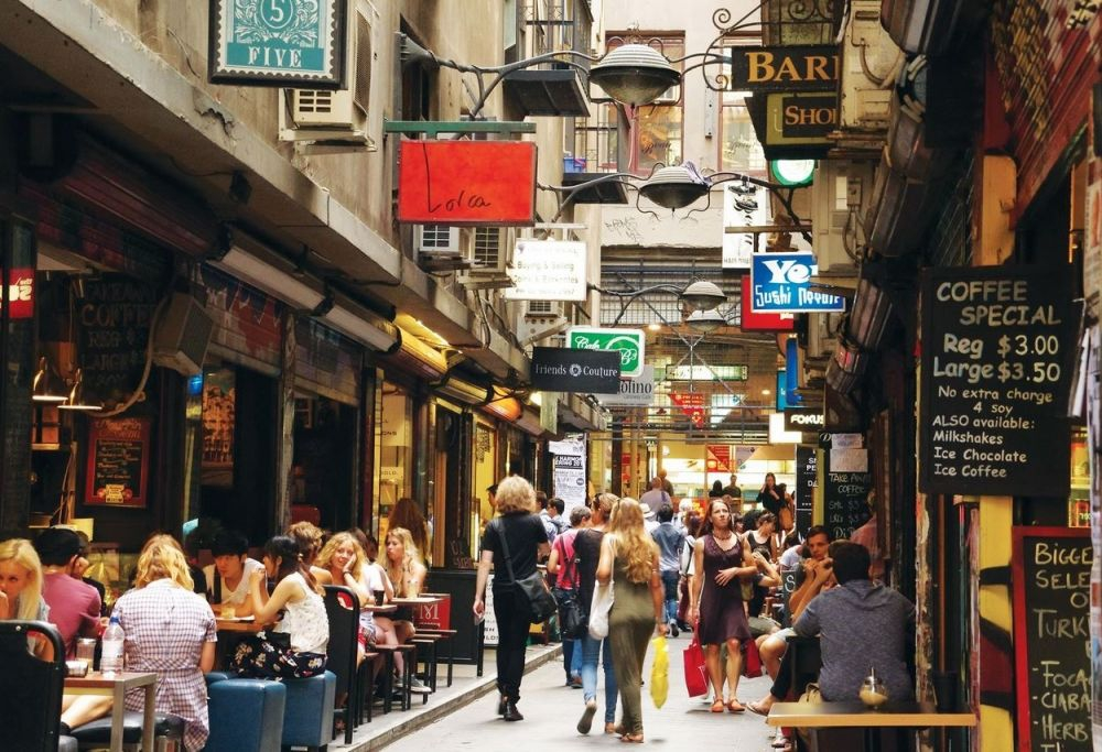 how to become a tour guide in melbourne