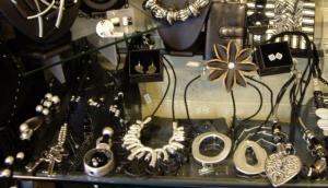 Hobnob Jewels