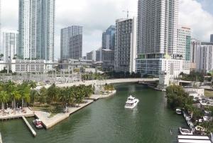 Miami: City Cruise to Millionaire's Homes & Venetian Islands