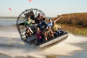 Miami: Everglades Park Fan-Boat Tour and Animal Presentation