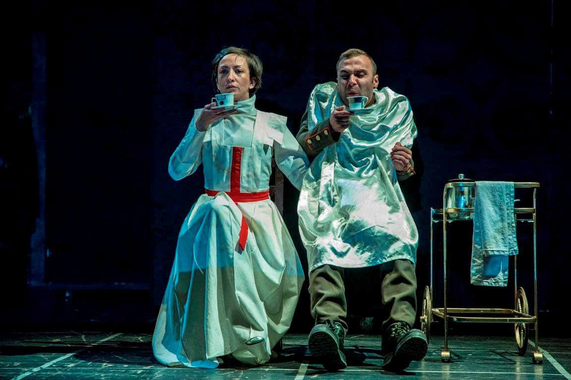 Theatre Play: Ljubavne Poze Istorije