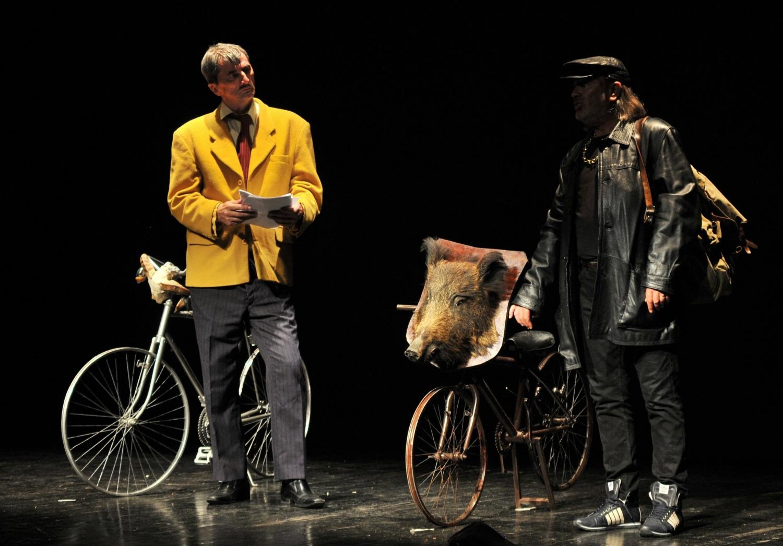 Theatre Play 'Sto je Coek do li Biciklista'